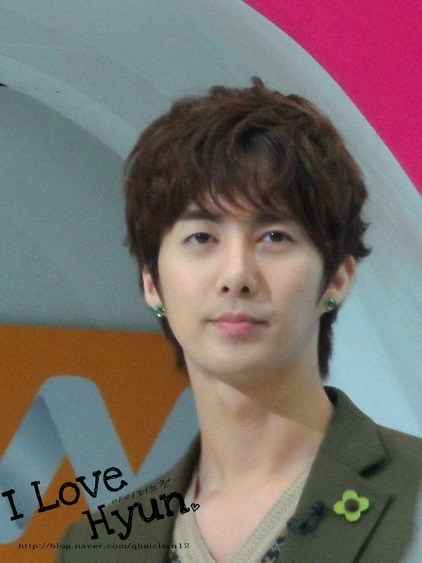 20111123 Mnet 와이드연예뉴스 – 김형준